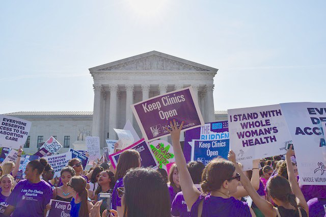 States and Cities Push Back on Reproductive Health Attacks (Truthout)